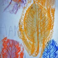 Jesienne liście – pomysły na prace plastyczne i zabawy dla dzieci